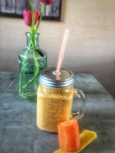 mango, blog, foodblog, smoothie, smoothie sunday, smoothierecept, gezond recept, recepten, smoothies, lekker, makkelijk recept, sinaasappel, havermout, biologisch recept, biologisch eten, biologische foodblog, organic, organic happiness