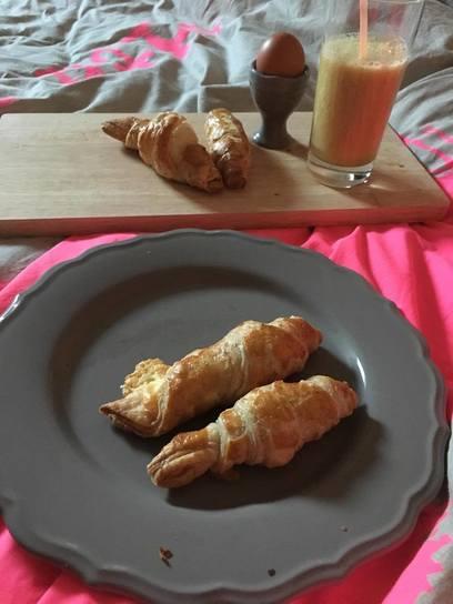 blog, croissants, kerst, kerstonbijt, ontbijtrecept, makkelijke recepten, gezond, gezonde recepten, lekker, bladerdeeg, kaas, kaascroissants, biologische foodblog, biologisch, healthy lifestyle, organic happiness