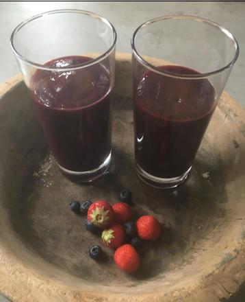 blog, apple, blackberry, strawberry, blueberry, strawberries, blueberries, smoothies, fruit, organic, organic recipes, organic recipe, easy recipes, recipe, healthy food, healthy, healthy recipes, food blog, organic happiness, organic food blog