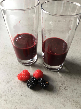 blog, smoothies, apple, blackberry, raspberry, berries, fruit, fruit smoothie, easy recipes, recipes, healthy recipes, healthy lifestyle, healthy, organic, organic recipes, organic food blog, foodblog, organic happiness