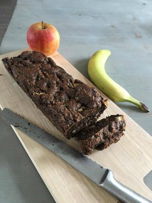 blog, snack, apple, banana bread, gluten free, walnuts, banana, easy recipes, recipes, healthy recipes, healthy lifestyle, organic food, organic food blog, food blog, organic recipes, organic happiness, organic, lactose free