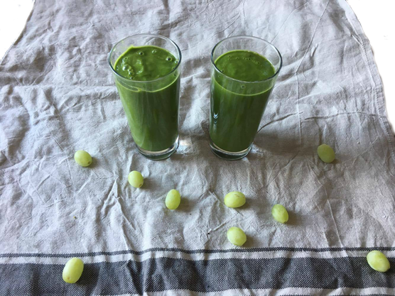 blog, smoothies, avocado, green smoothie, energy boost, green tea, grapes, white grapes, spinach, healthy food, healthy, healthy recipes, recipes, easy recipes, healthy lifestyle organic, organic recipe, organic food blog, food blog, organic happiness