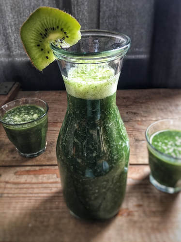 blog, smoothie, smoothie sunday, super food, matcha, spirulina, kiwi, smoothie recipe, recipes, healthy recipes, healthy, healthy lifestyle, health, organic, organic food, organic recipes, organic food blog, organic lifestyle, organic happiness, food blog