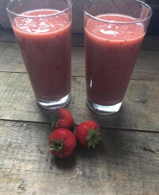 blog, smoothie, kiwi, plum, fruit, smoothie sunday, nectarine, banana, strawberry, fresh fruit, juice, food blog, organic happiness, organic food blog